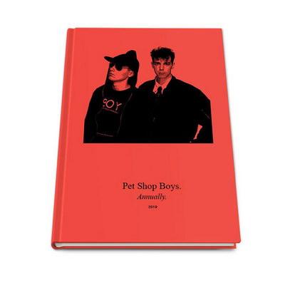 Pet Shop Boys выпускают альбом на злобу дня и книгу (Видео)