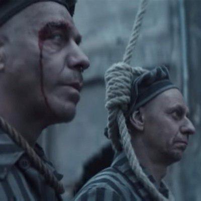 Rammstein стали жертвами нацистских лагерей в «Deutschland» (Видео,18+)