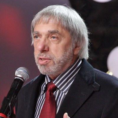 Эдуард Артемьев записывает реквием