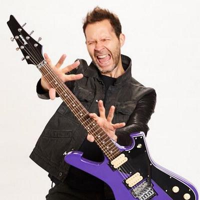 Пол Гилберт привезёт в Россию «Behold Electric Guitar»